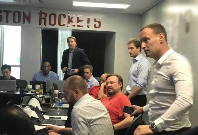 今年NBA选秀,火箭选谁最没悬念_lol竞猜平台