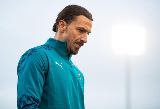 欧联-伊布首开纪录 恰10传射 AC米兰2-0客胜晋级