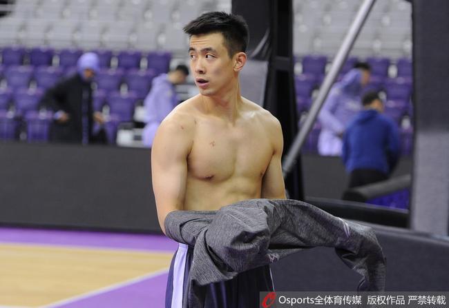 辽媒:赵继伟复出对辽篮季后赛意义重大