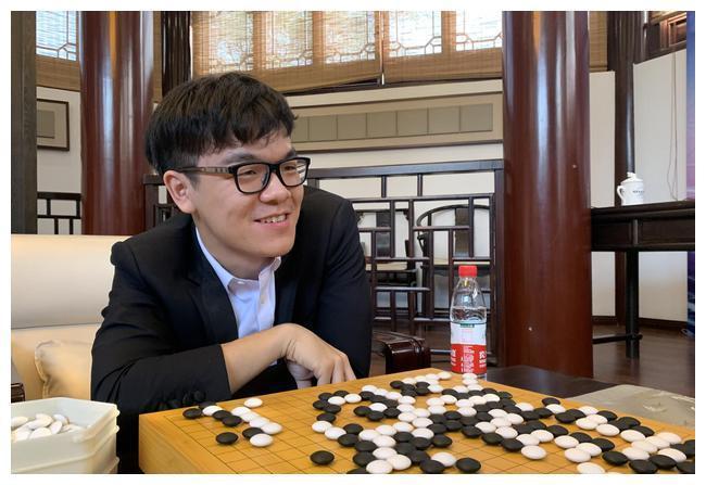 棋葩说:中韩围棋积分榜 网友:请叫柯洁斗地主冠军