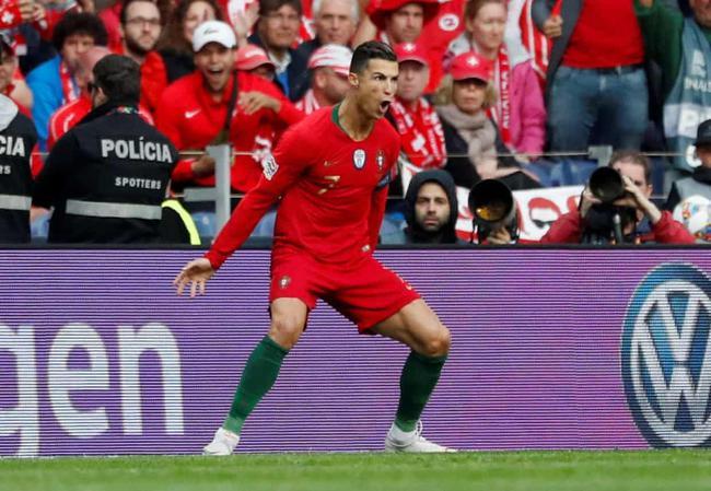 欧国联-C罗戴帽!破荒+终场前2球绝杀 葡萄牙3-1