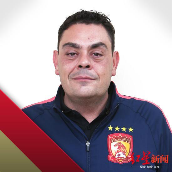 里皮新搭档:埃神想为国足踢球 感觉自己像中国人