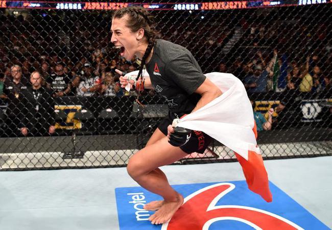喬安娜將在UFC231中衝擊史上首位雙量級女子冠軍的成就