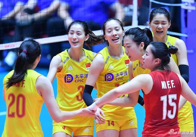 中国女排战胜哈萨克斯坦