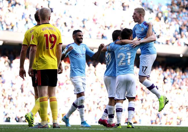 英超-贝尔纳多3球 阿圭罗丁丁传射 曼城8-0狂胜