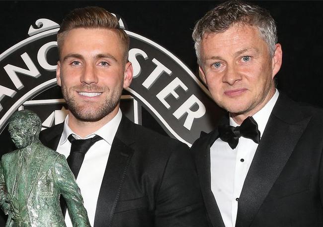 盧克-肖榮膺曼聯賽季最佳球員大獎