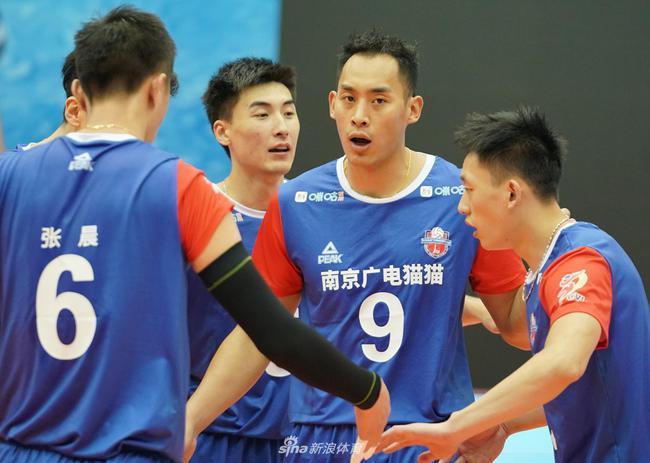 俞元泰26分江苏男排0-2后大逆转 成功复仇河南