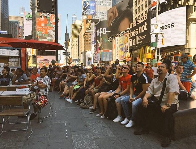 美国球迷观看比赛