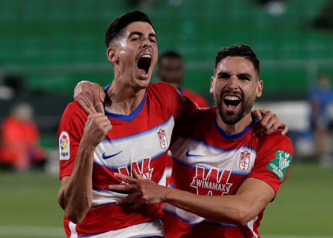 西甲-塞维利亚客平仍居前三 贝蒂斯补时丢球2-2平