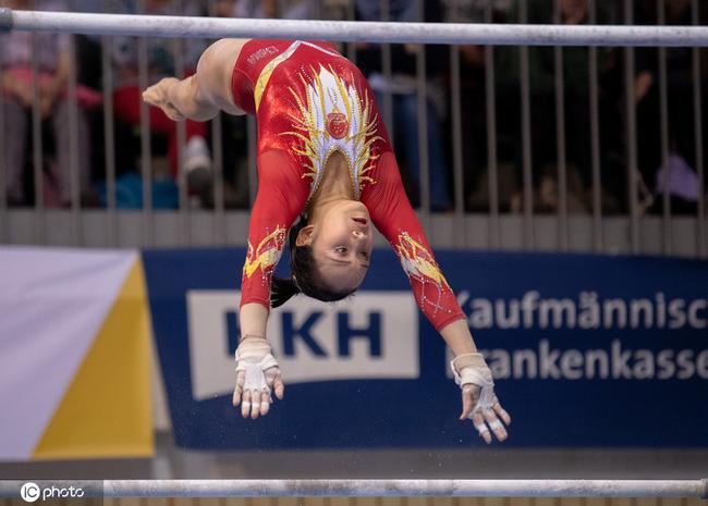 体操世界杯范忆琳高低杠夺冠刘洋基本锁定奥运资格