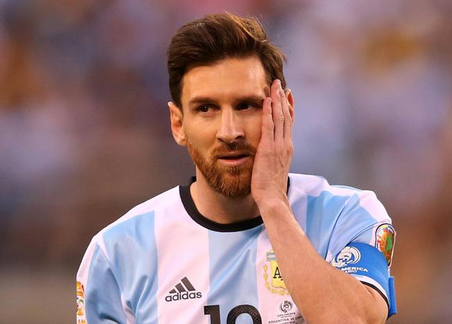 阿根廷输的脸都不要了 数数还有哪点配得上梅西?