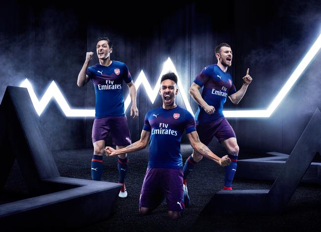 PUMA发布阿森纳2018/19赛季全新客场球衣