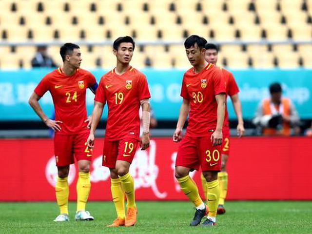 国足中国杯1-4捷克