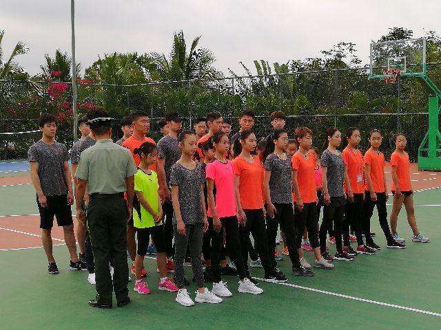 中国双人滑海选集训在三亚展开 李香凝参加