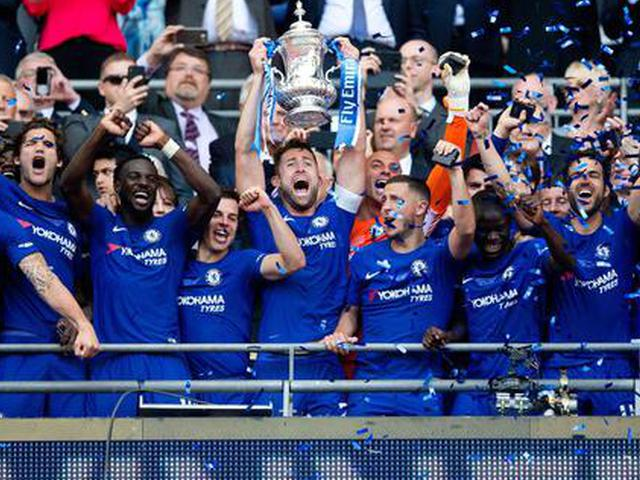 Chelsea edge Manchester United in Cup final