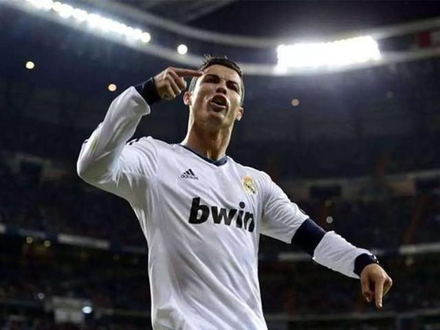 视频-C罗本季欧冠全进球 史无前例三连冠近在咫尺