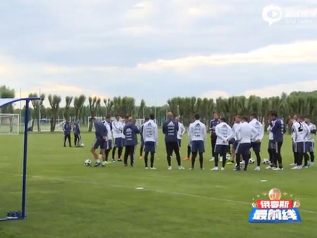 阿根廷于莫斯科迎世界杯首训