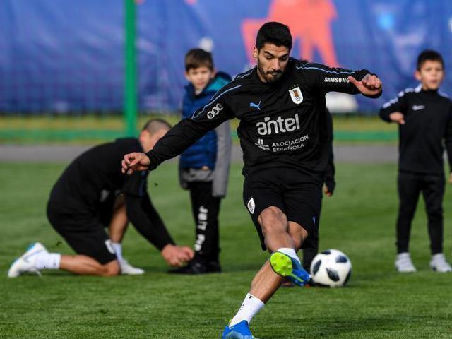 乌拉圭队首次公开训练 南美劲旅望再创辉煌