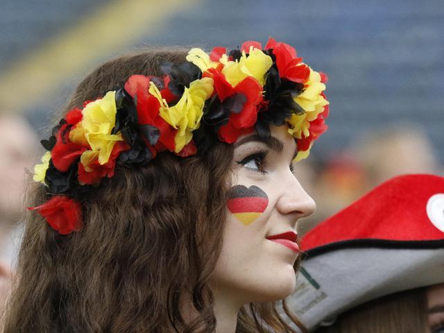 南美风情PK欧洲火辣,世界杯第14比赛日女球迷