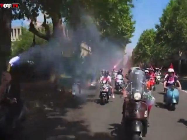 布冯亮相巴黎 PSG球迷摩托车队夹道欢迎