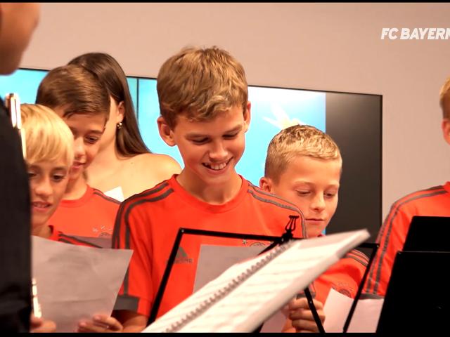 中德音乐少年齐聚拜仁博物馆