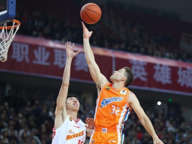 上海男籃87-83八一