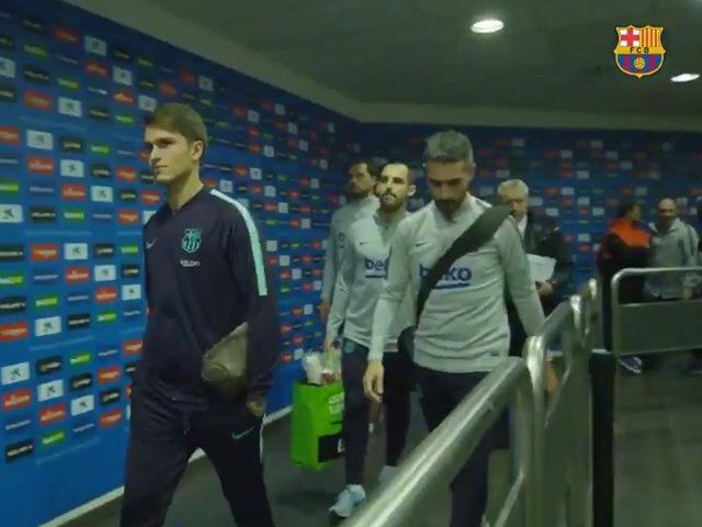 视频-加泰德比巴萨幕后花絮 梅西赛前热身秀任意球