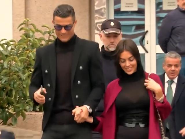 视频-C罗出席西班牙庭审 同意上缴1880万欧罚款