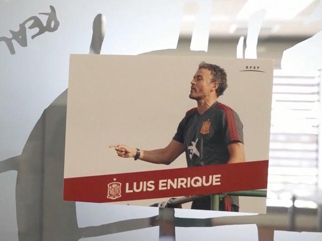 视频-花式官宣又现新花样 西班牙队公布新一期名单