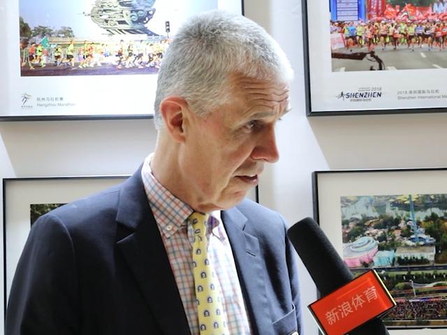 视频-汤姆·歌瑞尔克:波士顿的每个人都是马拉松举办者