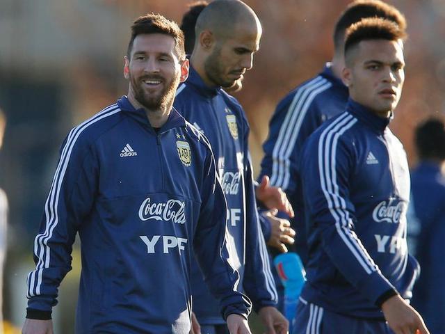 """视频-阿根廷对阵巴拉圭 """"潘帕斯雄鹰""""恐再遭失利"""