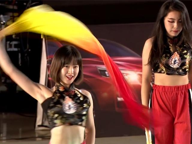 视频-PG24助力总决赛巅峰对决 中国风媚舞风姿绰约