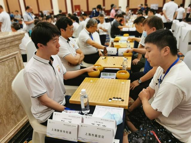 视频-围棋之乡联赛第2日赛场 众多业余强豪出战