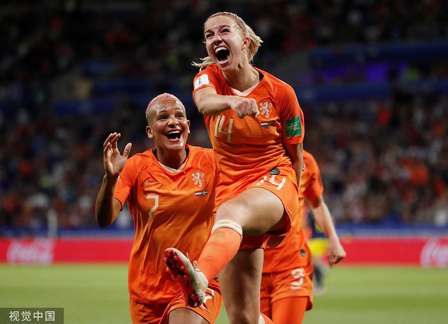 荷蘭女足挺進決賽