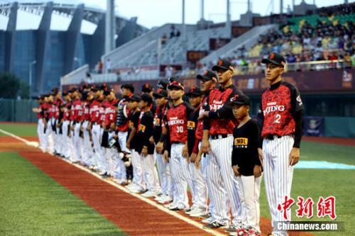 中国棒球刚刚走向职业化。