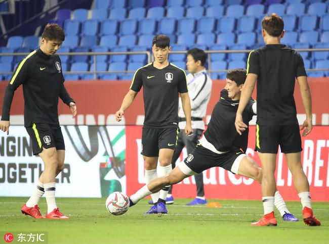 亚洲杯冷门频出韩国紧张了 本托不敢冒险紧急换将