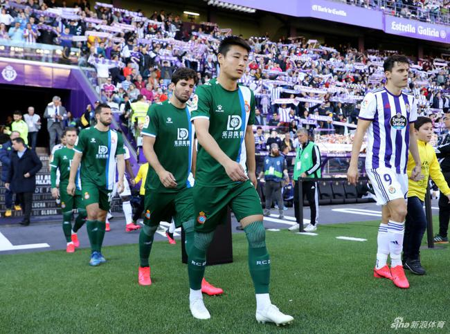 李铁一直与武磊保持联系 赴西也盼他能为国足进球
