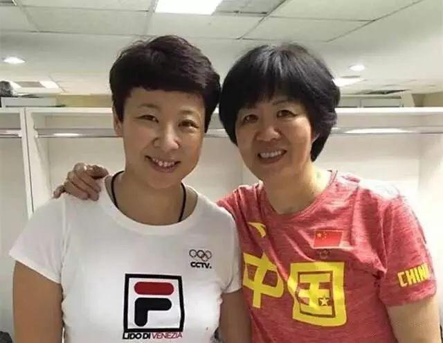 中国女排前队长冯坤:国内二传手看好丁霞姚迪