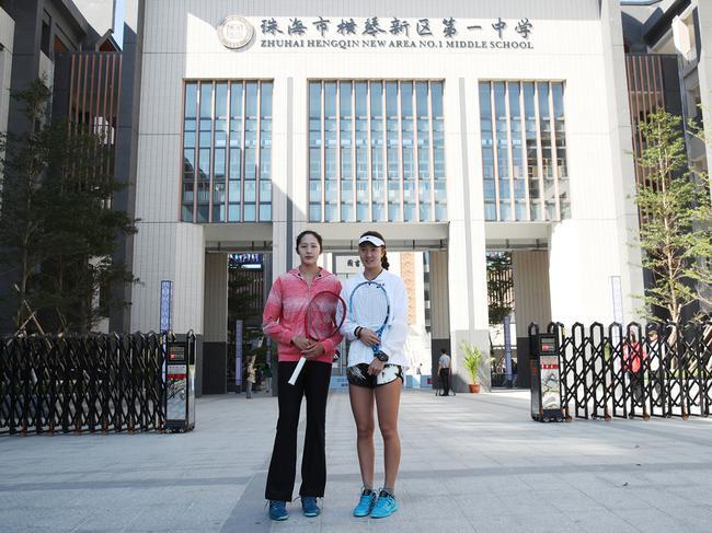珠海赛网球明星进校园 中国组合与珠海师生互动