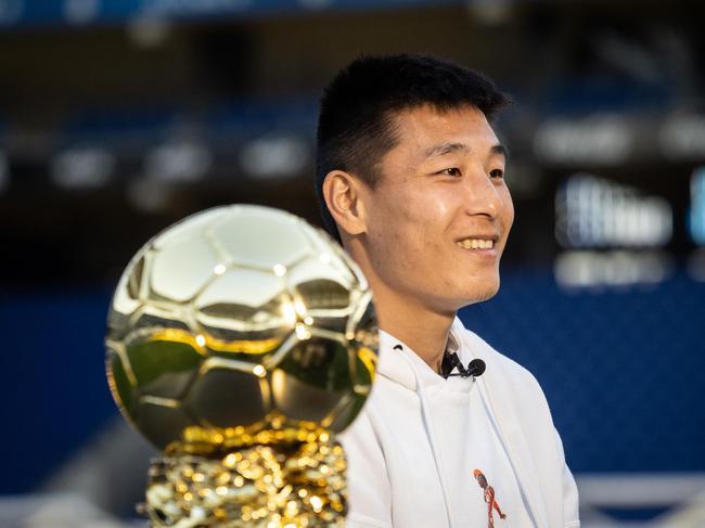 武磊获得中国金球奖