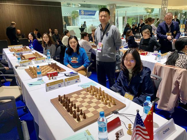 中国国象女队赛前相符影