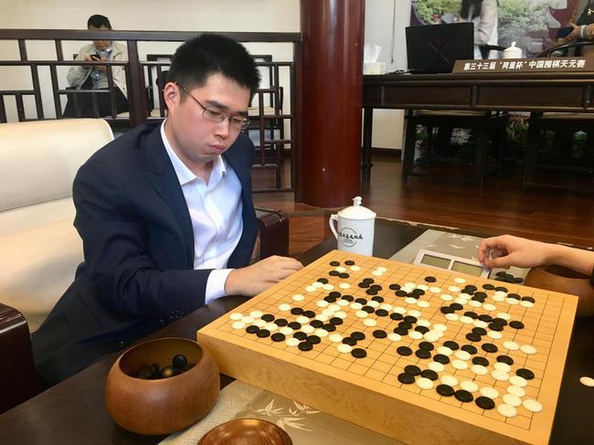 上海棋手范蕴若