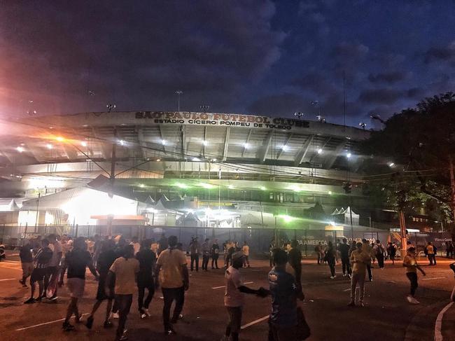 圣保罗莫伦比球场