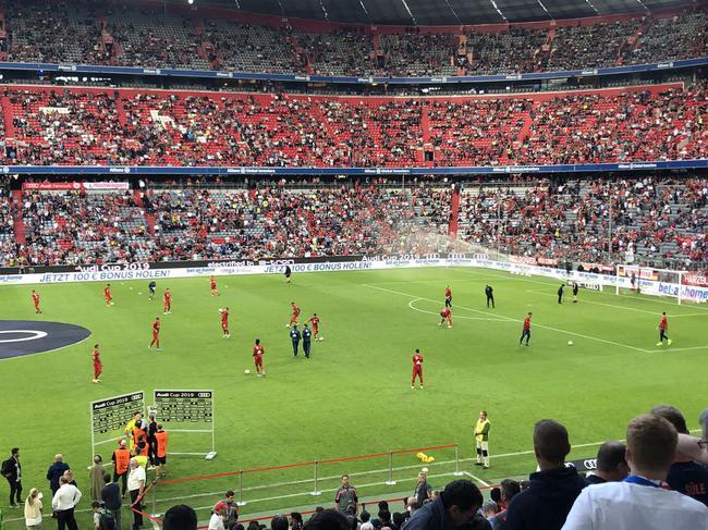 拜仁VS热刺首发:拜仁小鬼当家 小卢卡斯领衔锋线