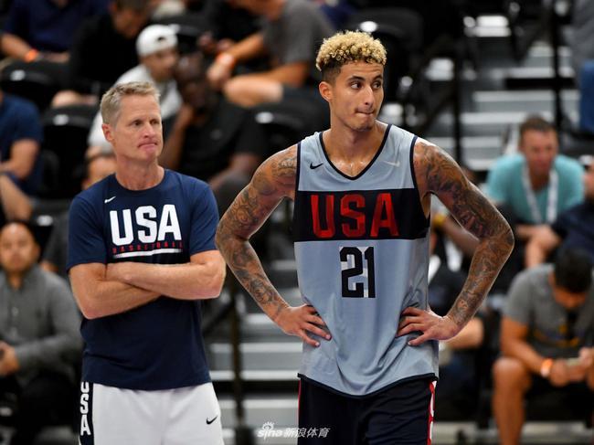 美国男篮热身力克西班牙 外线三巨头均上双