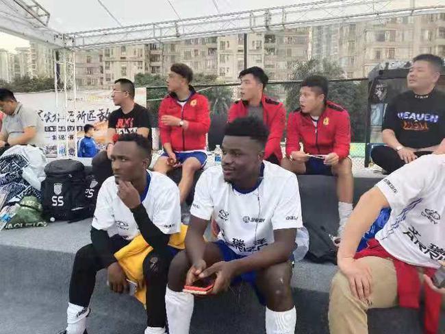 足金来了刚果小伙 队中头号前锋称巴坎布是骄傲