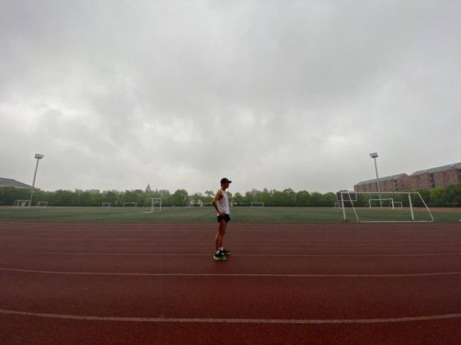 5000米仅用17分半!韩寒超国家三级运动员标准