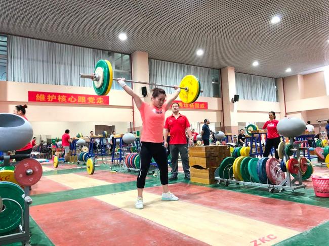 东京奥运中国举重能夺几金 4男4女能否破5看临场