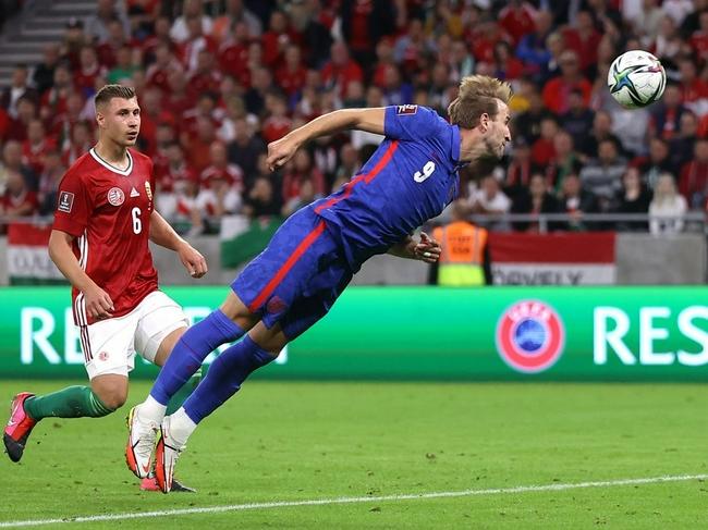 连续13场预选赛破门 凯恩:英格兰队一只脚踏进世界杯