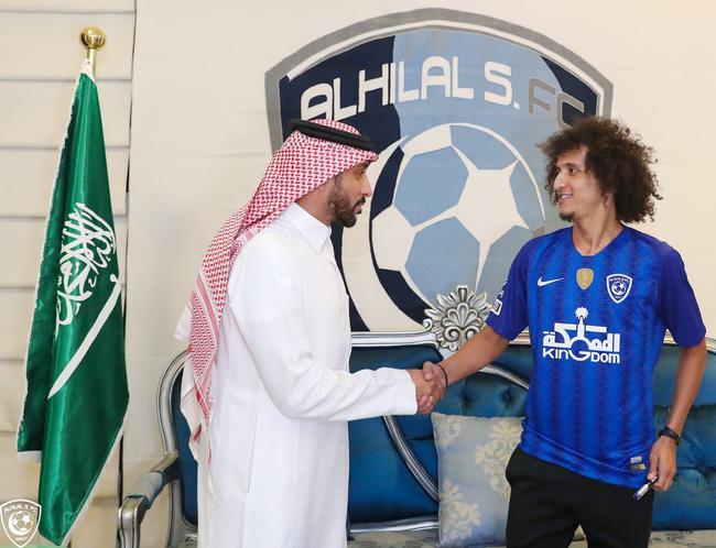 沙特豪门官方宣布签下海湾梅西 效力母队10年出走